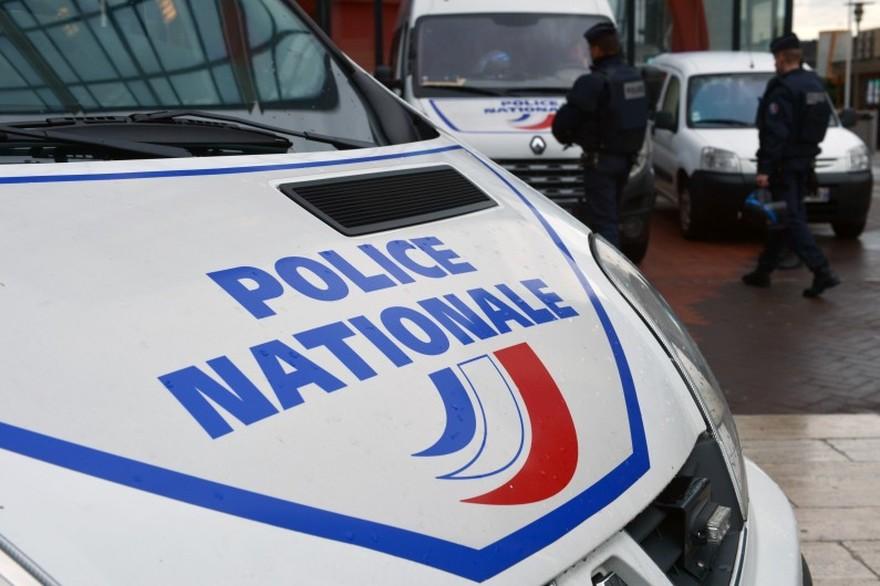 Paris, marché de la convention : Des policiers ont été attaqué au couteau