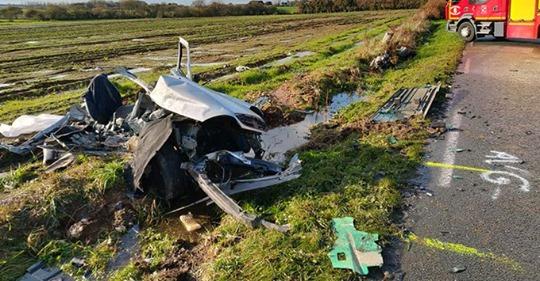 Finistère: deux frères et une sœur décèdent dans le même accident de voiture