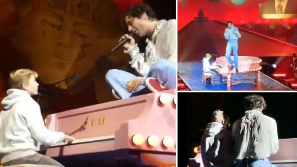À Lille, Mika fait monter sur scène un fan de 11 ans pour se faire pardonner de ne pas avoir répondu à sa mère