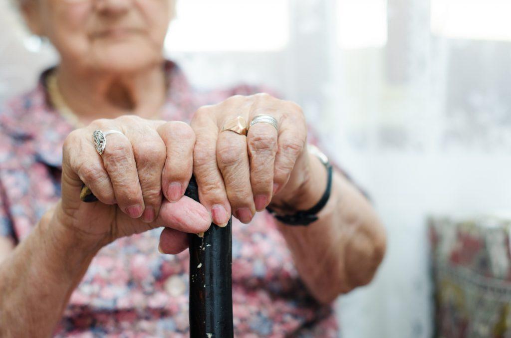 En vieillissant, vous allez moins aimer les gens