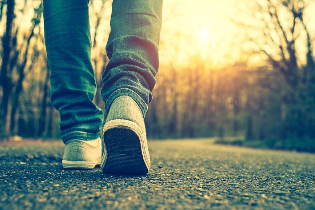 Marcher 15 minutes par jour peut changer votre corps et votre santé