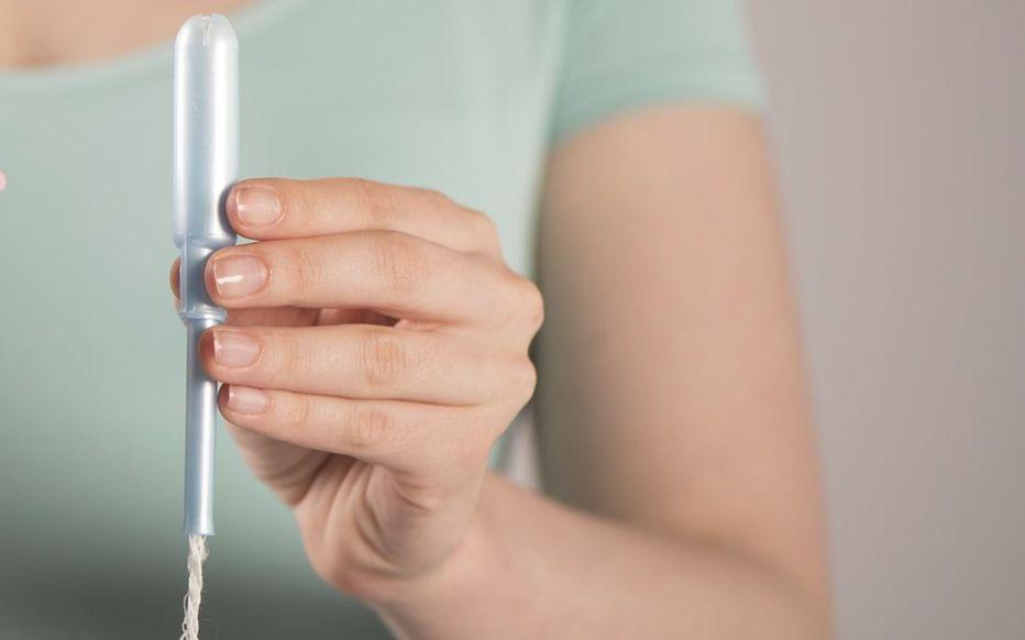 Belgique : une adolescente de 17 ans meurt d'un choc toxique causé par son tampon
