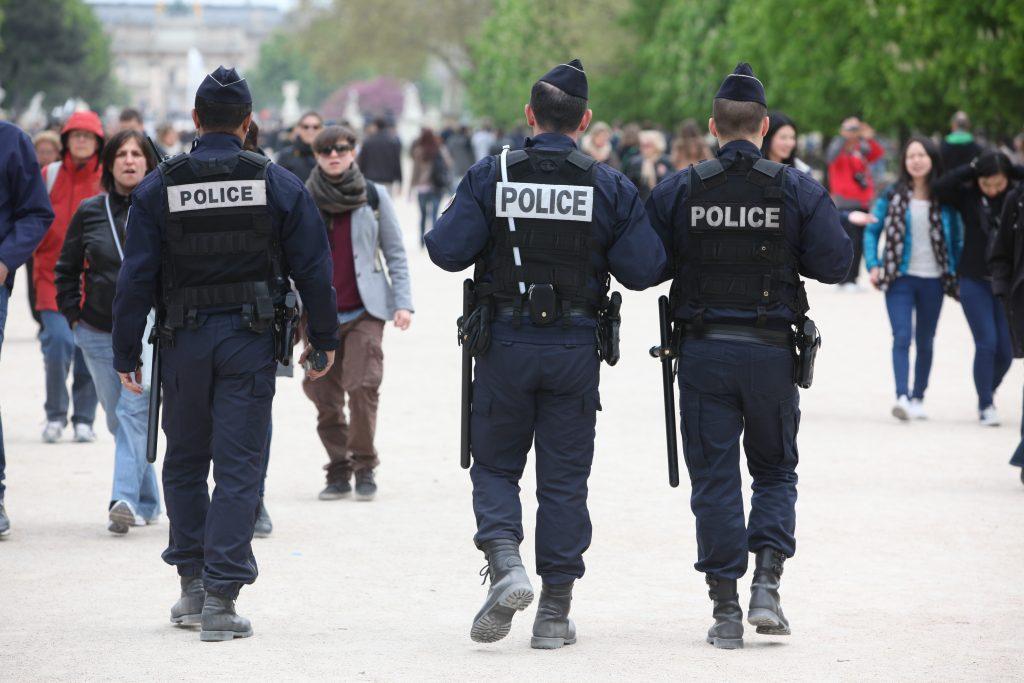 Un homme fiché S tente d'agresser des policiers avec un couteau à Metz au cri de «Allah Akbar»