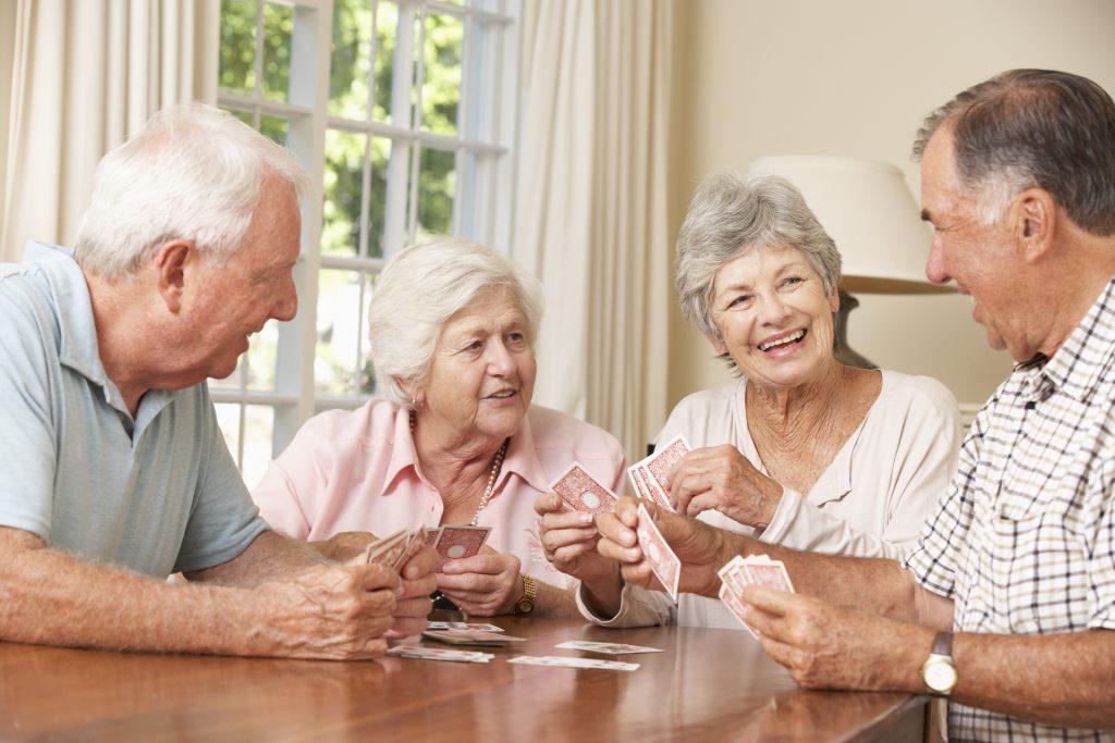 Adieu les maisons de retraite ! La nouvelle tendance est de cohabiter avec ses amis