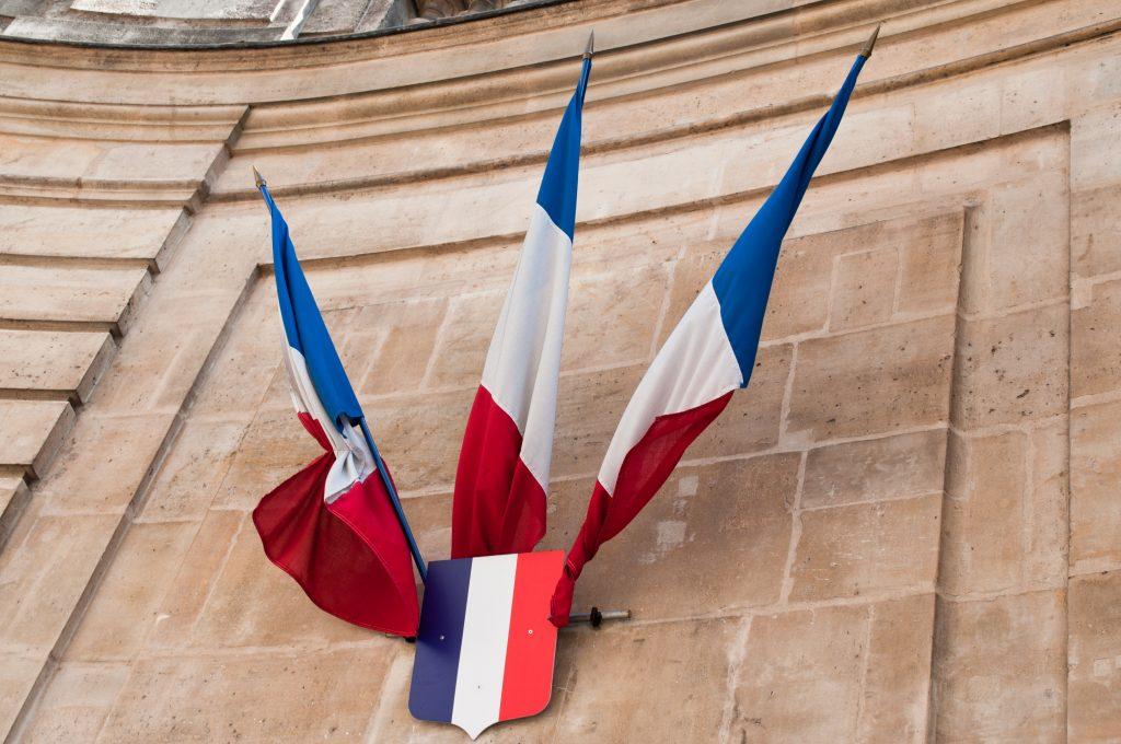 Interpellé sur un scooter volé puis en train de rouler un joint : le jeune élu de Saint-Ouen a démissionné