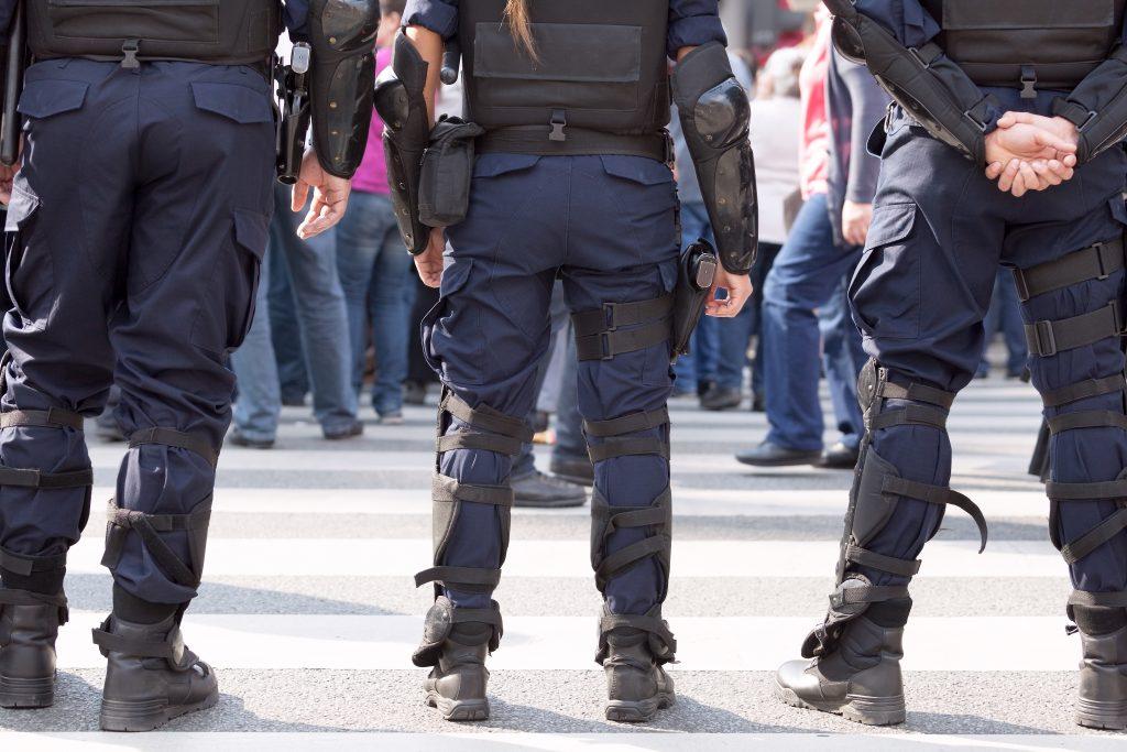 Le Mans : un policier meurt percuté par un véhicule qui tentait de prendre la fuite