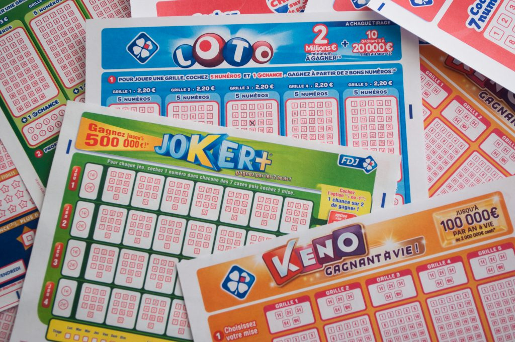50 000 euros, ce sont les gains de 4 SDF à la loterie.